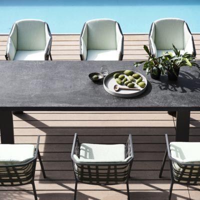 Gartenstühle aus Korbgeflecht